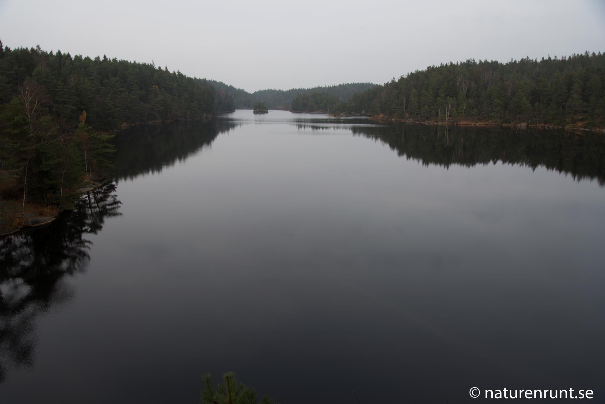 Härsevattnet - Vy från berget i syd